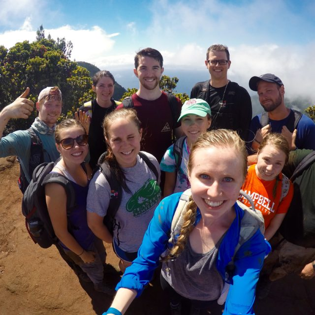 students studying abroad in hawaii