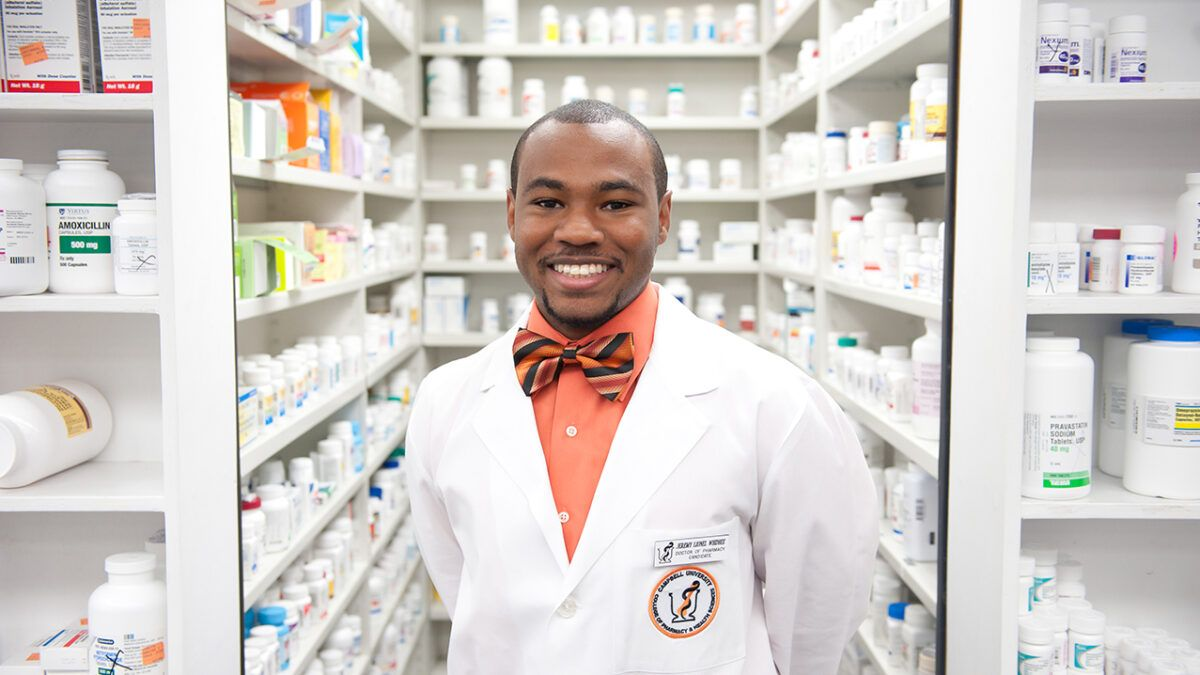 image of pharmacy student
