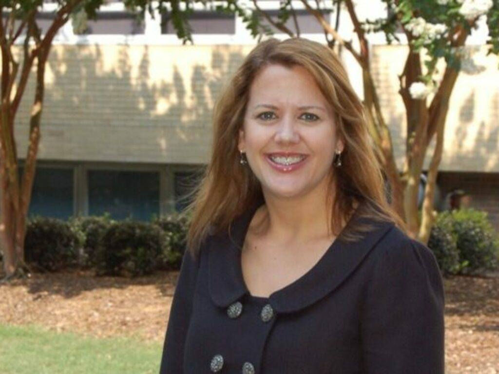 Dr. Melissa Holland