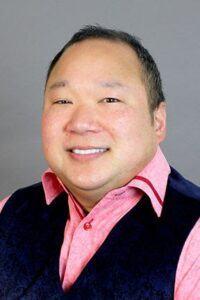 Photo of Professor Sean Tu