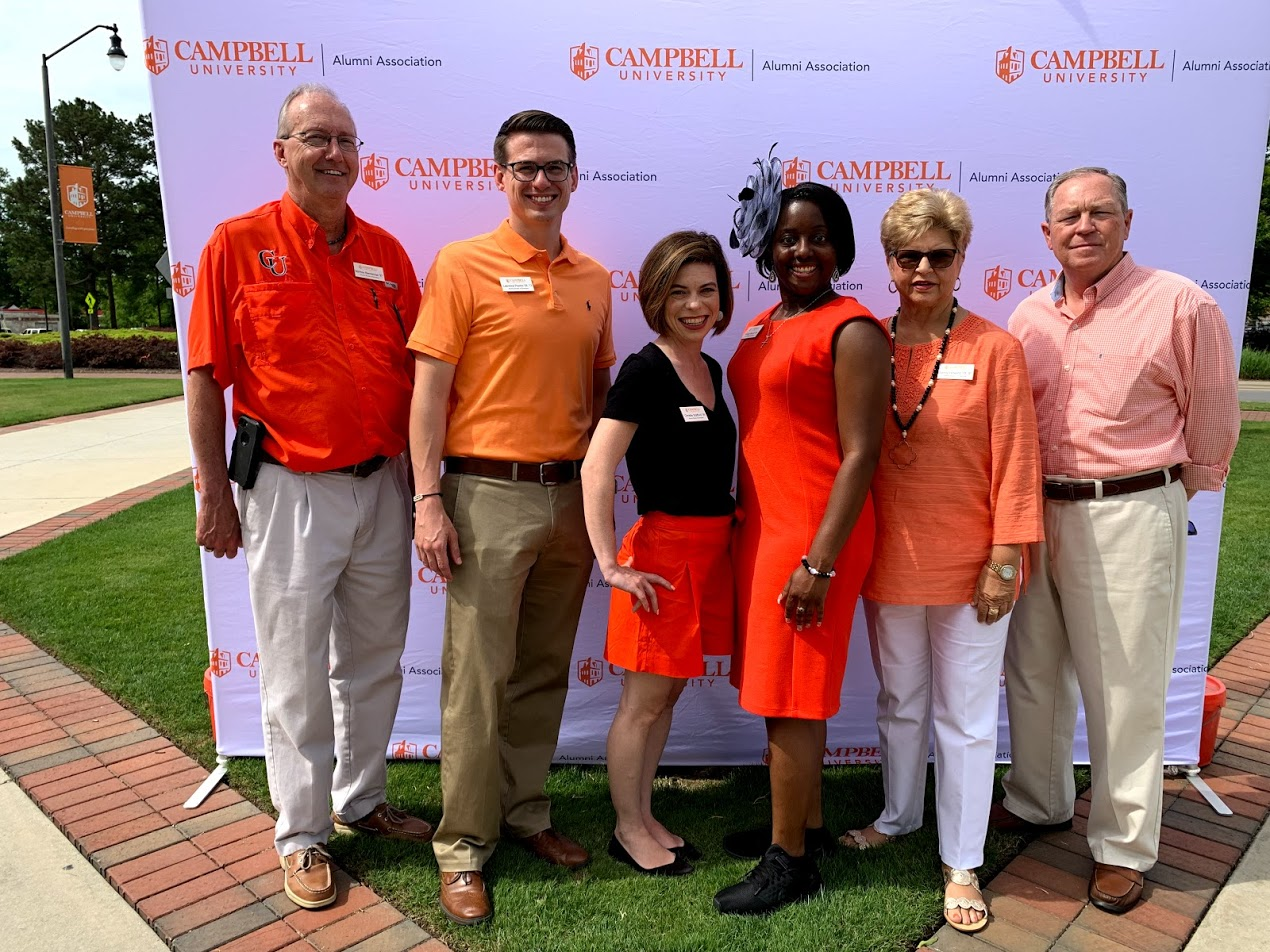 Campbell Reunion Zero alumni volunteers pose for a photo.