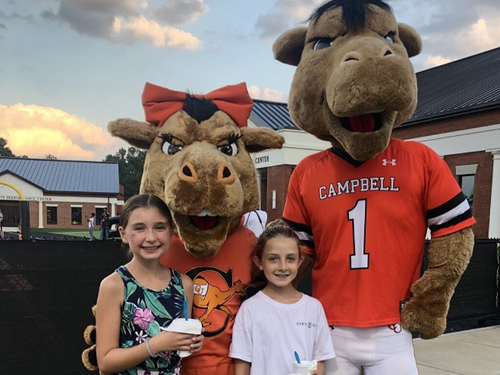 Camel fans, Layla and Hayley, with Gladys and Gaylord