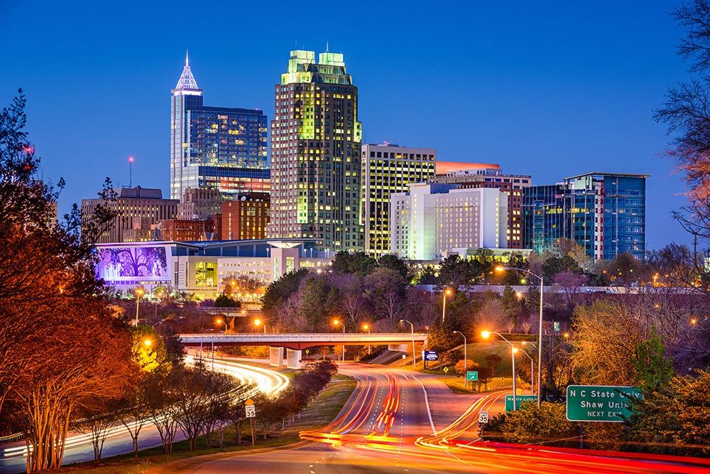Photo of Raleigh, North Carolina, USA downtown skyline.